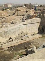 Фото 41, поверхность стены каменоломни (не блока!!!) очень ровная