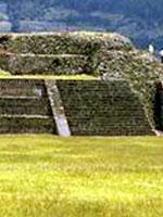 Мексика: пирамидальные платформы в Тенаяке