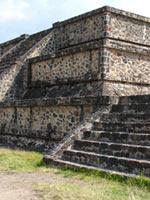 Мексика: великие американские пирамиды Солнца и Луны в Теотиуакане