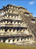 Гватемала: поселение майя Эль-Мирадор с пирамидой Тигра