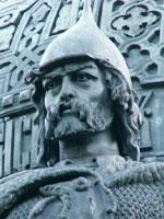 Рюрик – внук новгородского князя Гостомысла, сын его дочери Умилы и  одного из соседних князей рангом помельче...