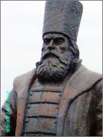 Князь Михайло Воротынский...