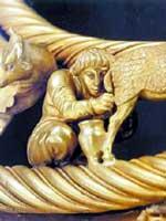 Скиф на конце золотой гривны из кургана Толстая Могила