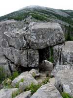 Мегалитические форты на горе Пидан