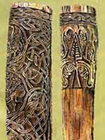 Резные деревянные колонны 11 в. из Неревского раскопа
