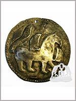 Гриф на медальоне из Сайгатского могильника, 9-11 вв.
