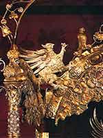 Грифон на двойном троне царей Ивана и Петра Алексеевичей