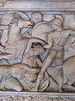 Амазономахия. Барельеф на саркофаге из Салоник