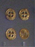 Свастика на Похоронных принадлежностях, Микены, 1700-1600 до н.э.