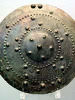 Свастика на Бронзовом нагруднике, Этрурия, 675 г. до н.э.