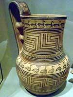 Свастика на ручке Кувшина для вина, 800 г. до н.э.
