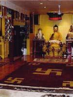 Свастика в интерьере буддийского храма, Торонто