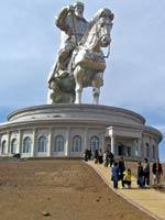 Памятник Чингисхану. Монголия