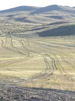 Современная Монголия. Типичная «трасса» в горах