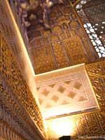 Узбекистан. Самарканд. Свастика на внутренних стенах усыпальницы Гур-Эмир