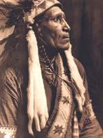 Восьмиконечная «Звезда Сварога» в индейском национальном костюме