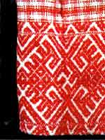 Свастика на рукаве женской рубахи. Нач. 20 века. Тарногский район