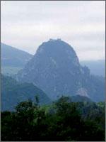 Любимый замок Магдалины – крепость Монсегюр. Иллюстрация из книги Светланы Левашовой «Откровение»