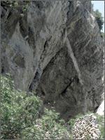 Вход в пещеру, в которой погибла Мария Магдалина. Иллюстрация из книги Светланы Левашовой «Откровение»
