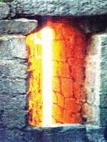 Солнечный луч в Храме Солнца. Иллюстрация из книги Светланы Левашовой «Откровение»