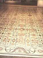 Мозаика со славяно-арийскими символами в Лионе (Lyon), юго-восток Франции