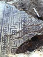 Мозаика со славяно-арийскими символами в Марна (Marne), северо-восток Франции