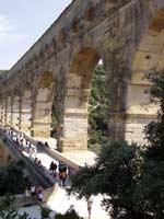������� Pont du Gard � ���� (Nimes), �� �������