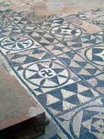 Мозаика со славяно-арийскими символами, Сабрата, Ливия