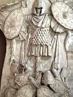 Сарматский панцирь на колонне Траяна в Риме