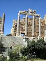 Храмовый комплекс, Баальбек. Главный вход