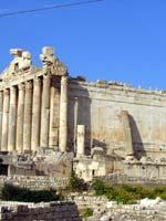 Храмовый комплекс, Баальбек. Храм Бахуса