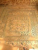 Мозаика со славяно-арийскими символами на о. Кефалония