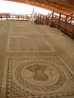 Мозаика со славяно-арийскими символами на о. Кипр в городе Пафос