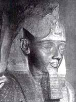 Фараон с красными волосами Рамсес II (1292-1225 гг. до н.э.)