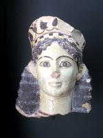 Голова этрусской женщины в кокошнике в натуральную величину, Лувр
