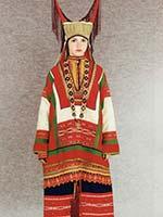 Свадебный женский костюм. Конец 19- начало 20 века, с. Ушинка Керенского уезда Пензенской губ.