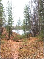 Рис.3. Воронка-озеро от взрыва 3-х ядерных зарядов в 1971 году