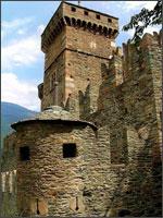 Рис. 6. Итальянский замок Фенис
