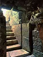 Пирамида берберского правителя Нумибии Медрасен, вход