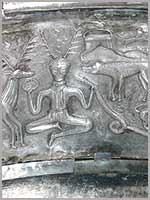 Рогатый кельтский бог Кернунн на котле из Гундеструпа, Дания