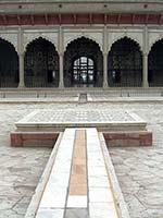 Дворец Зеркал (The Palace of Mirrors) или Шиш Махал (Sheesh Mahal) в Лахоре