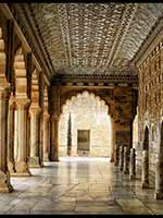 ������ ������ (The Palace of Mirrors) ��� ��� ����� (Sheesh Mahal) � ������